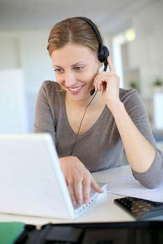 Flexibel online lernen, Berufschancen verbessern.  Berufliche Weiterbildung: Personaldienstleister setzen auf E-Learning.  E-Learning: Zeitlich und räumlich flexibel lassen sich berufliche Qualifikationen erweitern. Foto: djd/Piening Personal/iStockphoto