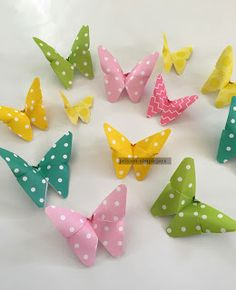 Aren't these the cutest little butterflies! I tell ya, these are very addictive to make. You make one and you feel like making more . . .