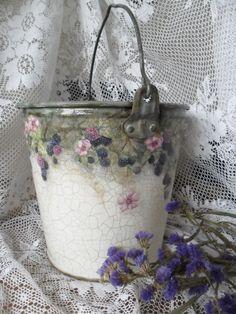 Decoupage Bucket