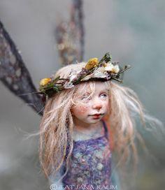 FAIRY ~~ One of a kind miniature artdoll Teeny Susa by by chopoli Woodland Creatures, Fantasy Creatures, Fairy Sketch, Ugly Dolls, Fairy Pictures, Fairy Figurines, Susa, Love Fairy, Fairy Art