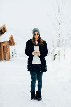 Shop Your Screenshots™ with LIKEtoKNOW.it, a shopping discovery app that allows you to instantly shop your favorite influencer pics across social media and the mobile web. Cozy Winter Fashion, Snowy Day, Berries, Passion, How To Wear, Shopping, Europe, Style, Nice Asses