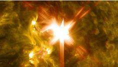 Disso Voce Sabia?: Nasa capta poderosa erupção no Sol em direção da Terra.