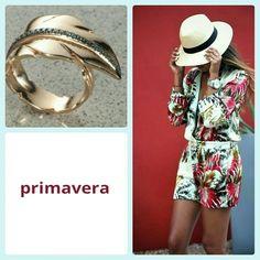 Buongiorno!!! anello oro rosa con dei diamanti blu #oroestile #goldid#primavera #colori #piuma #gioliello #lusso #moda #donna #regallo#diamanti