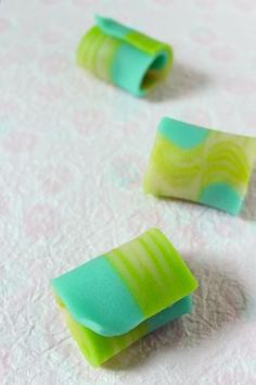 Japanese sweets / (kaze)