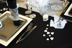 """""""Just Married"""" Table Decoration in black and White"""