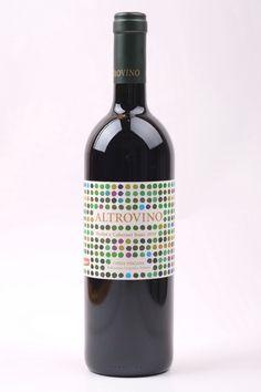 Erst Berater, dann eigenes Weingut. Tolle im Zement ausgebaute Spitzenweine aus der Küstenregion der Toskana von Duemani.