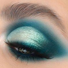Makeup Is Life, Makeup Eye Looks, Full Face Makeup, Dark Makeup, Halloween Makeup Looks, Blue Eye Makeup, Beauty Makeup, Makeup Art, Makeup Things