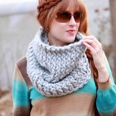 Beginner knitting pattern for a Super Chunk Cowl. thanks so xox