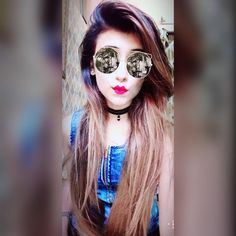 Prettysur❣️ Round Sunglasses, Sunglasses Women, Stuff To Buy, Fashion, Moda, Round Frame Sunglasses, Fashion Styles, Fashion Illustrations