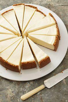 Frozen Cheesecake, Best Cheesecake, Classic Cheesecake, Cheesecake Recipes, Homemade Cheesecake, Christmas Cheesecake, Köstliche Desserts, Delicious Desserts, Dessert Recipes