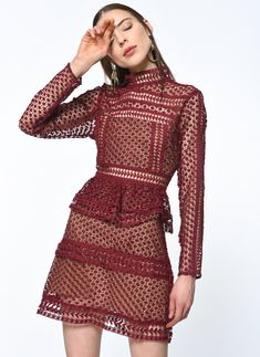 Özel İndirim Kulübü fiyatlarıyla Quenna QN00334 Elbise,Bordo,XS Beden 18618100/66686, ürününü online satın alın. Quenna kampanyasını kaçırmayın!