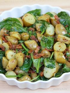Warm Spinach and Potato Salad with Bacon Vinaigrette, that's right, Bacon Vinaigrette! This is the perfect summer side. Warm Spinach Potato Salad with Bacon Vinaigrette Potato Dishes, Vegetable Dishes, Potato Vegetable, Side Dish Recipes, Vegetable Recipes, Spinach And Potato Recipes, Veggie Food, Meals With Spinach, Warm Spinach Salads