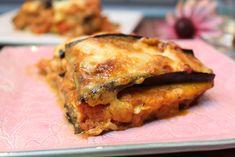 Eine leckere Low-Carb-Lasagne mit feinem Lachs und Aubergine... 4 Portionen 500 g Lachfilets ohne Haut in ca. 1 cm dicke lange Streifen geschnitten 900 g A