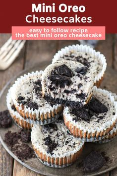7 ingredient mini oreo cheesecake recipe that's easy to make in a muffin pan! Starts with a 2 ingredient oreo crust then add the 5 ingredient oreo cheesecake filling. These mini oreo cheesecake cupcakes are a party favorite! Mini Desserts, Oreo Desserts, Bite Size Desserts, Easy Desserts, Health Desserts, Elegant Desserts, Mini Cheesecakes With Oreos, The Best Oreo Cheesecake Recipe, Oreo Cheesecake Cupcakes