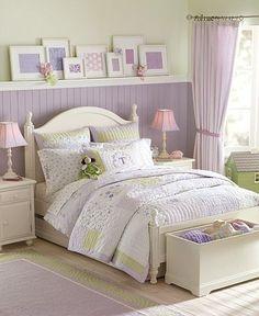 Chambre à coucher - Bedroom - Lavande - Lavender - Lilas - Lilac - Mauve - Purple - Blanc - White