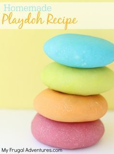How to Make Homemade Playdoh- so simple and a great activity to do with your little ones. Add fragrances or glitter for more fun.