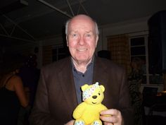 Baron John Reid of Cardowan, PC, former Home Secretary, former Secretary of State for Defence and former Secreary of State for Health, supports the Paul Strank Roofing Photothon with Pudsey. #cin #pudsey #pudseyphotothon