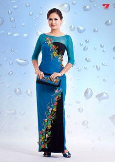 http://www.shwedarling.com/blog/2011/10/26/myanmar-batik-longyi-fashion-2/