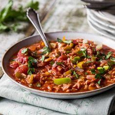 Würziger Djuvec-Reis mit frischem Gemüse