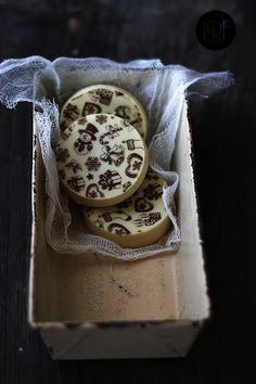 Galletas de turrón y chocolate blanco