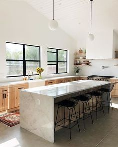 Home Interior Warm flooring for dining room?Home Interior Warm flooring for dining room? Industrial Style Kitchen, Farmhouse Style Kitchen, Home Decor Kitchen, Rustic Kitchen, Home Kitchens, Kitchen Modern, Green Kitchen, Kitchen Ideas, Kitchen Themes