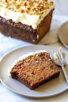 The PERFECT recipe for spring baking! Even carrot haters love this! It's moist, tender, and bursting with flavor. Perfect for gifting, too! # spring Baking Carrot Walnut Loaf with Cream Cheese Frosting Carrot Bread Recipe, Banana Bread Recipes, Pumpkin Recipes, Loaf Recipes, Baking Recipes, Baking Tips, Muffin Recipes, Baking Ideas, Cupcake Recipes