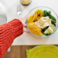 dullDiamond for babaà  HAPPY THANKSGIVING to you all celebrating  We are so thankful to have you all and also to have shelter and lots of knits to keep us warm! 15% of all our sales from tonight and all day tomorrow will go directly to CEAR @cearefugio, to keep helping all refugees arriving to Spain - you can also donate directy from their site or their IG account just sending a SMS #nicefriday #UErfanos #CEAR