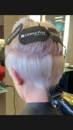 Short Choppy Hair, Short Hair Undercut, Short Grey Hair, Short Hair With Layers, Short Hair Cuts For Women, Pixie Cut With Undercut, Funky Short Hair, Gray Hair, Hair Cutting Videos