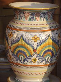 vaso  em ceramica estilo coda di pavone