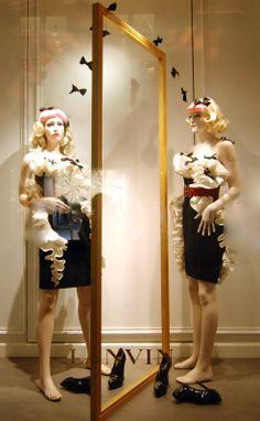 http://vitrinistika.ru/wp-content/uploads/2012/10/Lanvin-Paris-Vitrinistika.ru-7.jpeg