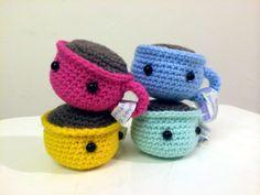 Make It: Baby Coffee Cups - Free Crochet Pattern #crochet #amigurumi #free #ravelry