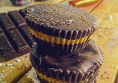 Chocolate Caramels, Chocolates, Desserts, Recipes, Food, Tailgate Desserts, Chocolate Kisses, Deserts, Chocolate