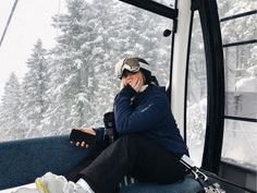 Mode Au Ski, Chalet Girl, Ski Season, Ski Fashion, Snow Skiing, Winter Pictures, Winter Sports, Winter Outfits, Alps