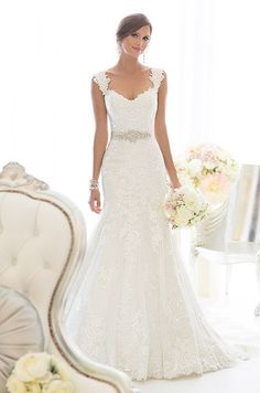 Spring wedding dress with straps. So elegant!