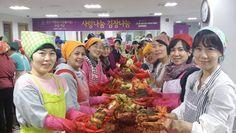 하나님의교회(안상홍님)는 지난 5일, 강남구 대치4동에 거주하는 소외이웃 70가정에 700kg의 김장김치를 전달했다.