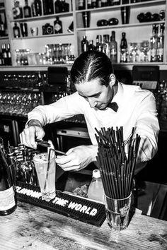 bartender in Frankfurt bar Chinaski
