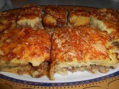 Σήμερα νομίζω έχω κέφια. Είναι ορισμένες συνταγές που αξίζει τον κόπο να τις δοκιμάσεις έστω και για μια φορά. Το συγκεκριμένο έδεσμα μπορε... Cookbook Recipes, Pie Recipes, Casserole Recipes, Cooking Recipes, Greek Cooking, Greek Dishes, Mince Meat, Greek Recipes, Food Inspiration