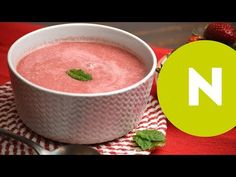 Villámgyors joghurtos eperkrémleves | Nosalty - YouTube Cheeseburger Chowder, Cantaloupe, Soup, Fruit, Youtube, Soups, Youtubers, Youtube Movies