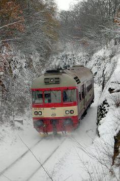 854.034 - os. 9526 - Praha odbočka Skály - 13.2.2013.