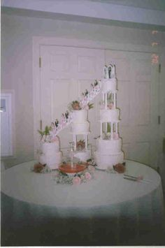 8 Tier Wedding Cake With Stairs Bridal Party Lots Of Beautiful Flowers And A
