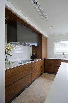 Brown sleek kitchen