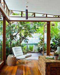 In love with the bungalow beauty