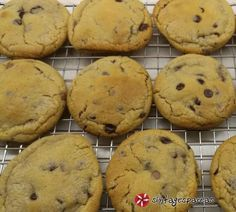 Cookies αφράτα σαν αγοραστά! #sintagespareas Cake Cookies, Nutella, Delicious Desserts, Biscuits, Recipies, Muffin, Food And Drink, Cooking Recipes, Sweets