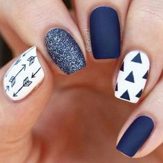 pretty nails for winter ~ pretty nails ; pretty nails for summer ; pretty nails for winter ; pretty nails for spring ; New Nail Designs, White Nail Designs, Navy Nails, White Nails, Manicures, Gel Nails, Coffin Nails, Acrylic Nails, Glitter Nails