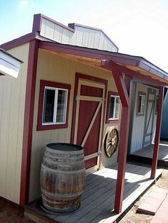 "saloon look - cute decorating idea to ""disguise"" garden shed"