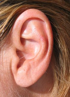 Removing Ear Wax - safely and effectively with Hydrogen Peroxide