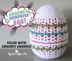 Crochet SnowGlobe Ornaments - Repeat Crafter Me Holiday Crochet, Easter Crochet, Crochet Home, Free Crochet, Double Crochet, Single Crochet, Crochet Designs, Crochet Patterns, Crochet Ideas