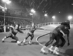 The scene at a Chicago roller derby, 1948.  (George Skadding—The LIFE Picture Collection/Getty Images)