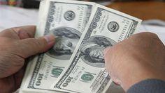 Dólar continúa derrumbándose en Chile ante diversos factores locales y globales