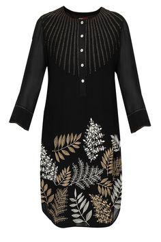 Black fall leaves tunic by Namrata Joshipura. Shop now: http://www.perniaspopupshop.com/designers/namrata-joshipura #tunic #namratajoshipura #shopnow #perniaspopupshop